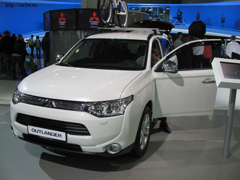 mitsubishi outlander 2012 new