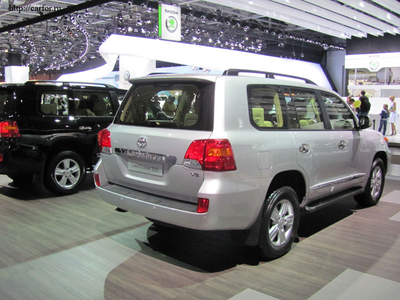 toyota land cruiser 200 2012 new