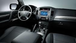 Mitsubishi Pajero 2015: