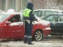 За повторный выезд на встречную полосу водителей будут лишать прав на год
