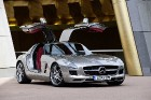 Выход Mercedes-Benz SLS AMG Gullwing