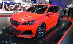 Новый Peugeot 308 R будет представлен в Москве